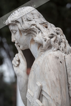 Engel Friedhof Ibiza alt (48)