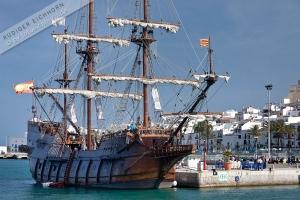 Galeone imHafen von Ibiza