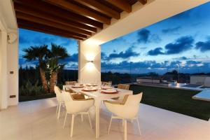 Villa Cala Comte 029.jpg